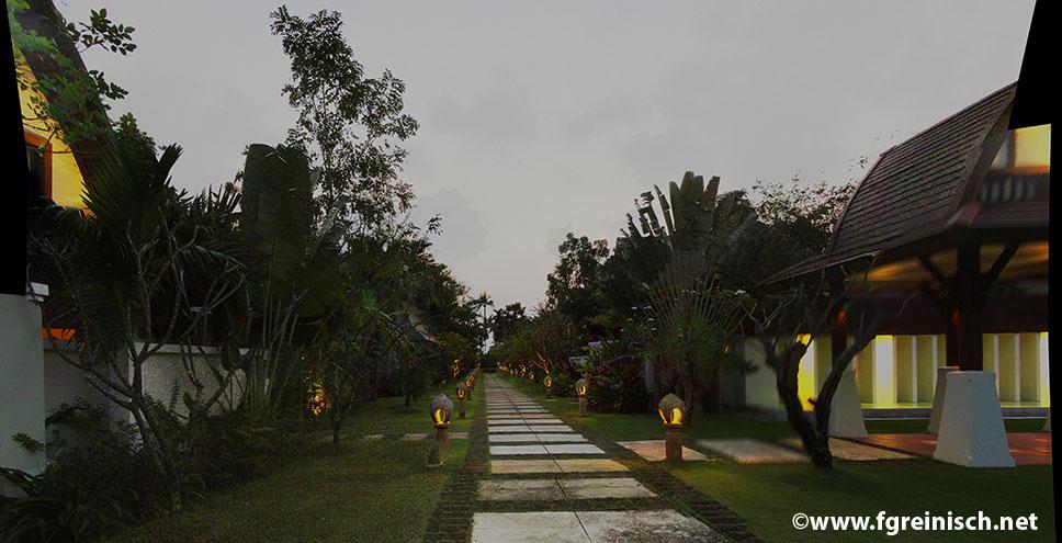 2010-02-12_m220_[1] 2010, Thai, 20 Bilder,  200100207_PICT9573 -  200100207_PICT9592 - 9426x6465 - PCUH-Smartblend.jpg